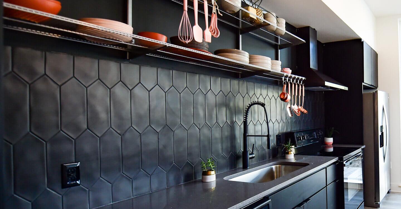 Image of Treehaus Apartments kitchen at Bishop Arts